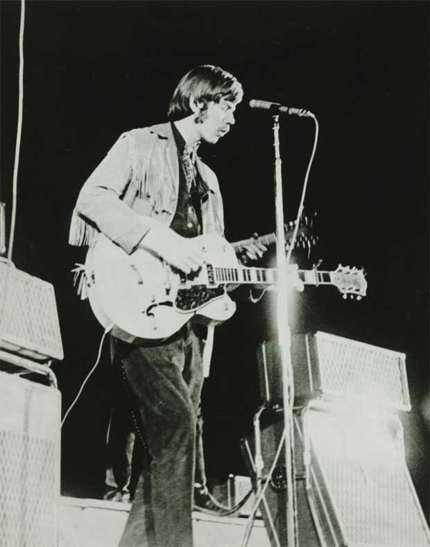 Dan Hicks (Charlatans) playing Mike Wilhelm's 1954 Gretsch, Cow Palace, April 4,1966